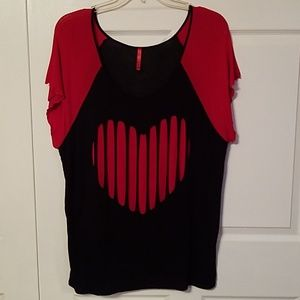 Tops - Plus size 1X slashed heart Tee shirt